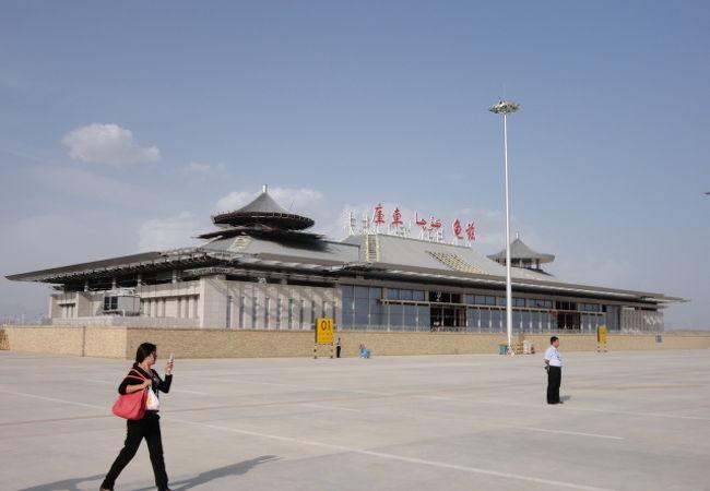 庫車空港 (KCA)