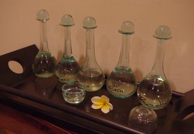 マッサージのオイルは5種類から選べます。