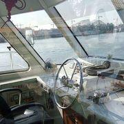 天津市海河がいたん公園で遊覧船