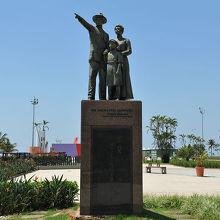 日系移民ブラジル上陸記念碑