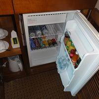 冷蔵庫には2本のミネラルだけど・・・