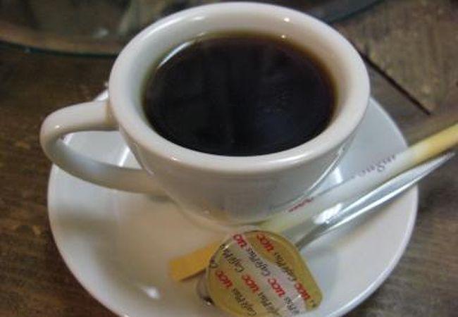 木屋旅館向かいの喫茶店!
