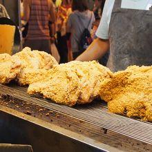 豪大大鶏排(ハオダダージーパイ)