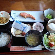 朝食(和)おいしかったです。