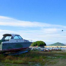 竜宮城から帰った浦島太郎のお墓がある詫間町箱の漁港
