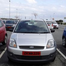 Ford Fiesta.空港駐車場にて。