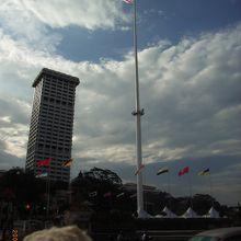 世界一の高さを誇る国旗掲揚塔!