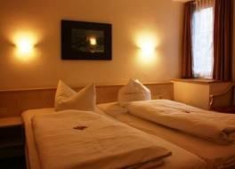 ホテル ポプラ 写真