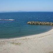 季節ハズレでしたが、キレイな海岸でした!