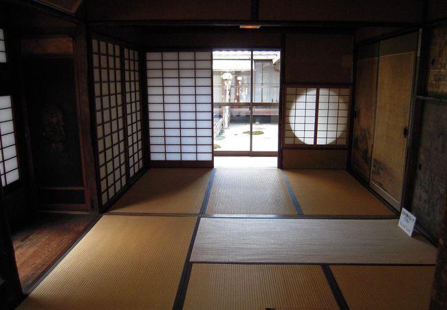 江戸までの茶室はとても広くて自由だったらしい