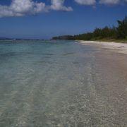 白砂のビーチはパラダイス?