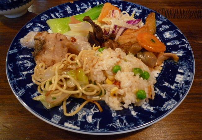 五つ星ホテル出身のシェフが作るベトナム料理