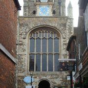 イギリス最古の時計と展望スポット