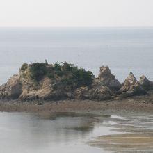 鴨の越の岩場