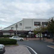 (筑前前原駅)--- 糸島市の中心駅です。周りに観光スポットは・・・少ないかな?