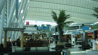 きれいで使いやすい空港です。