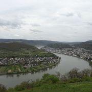 ボッパルトの山頂から見るライン河の蛇行