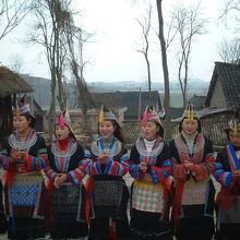 中国の少数民族の中でもミャオ族は独特の雰囲気がありました。