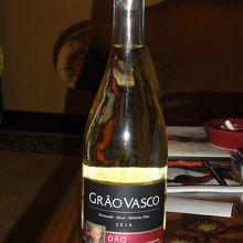 500円ぐらいの白ワイン(寝酒もしくはやけ酒用)
