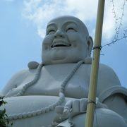 元気を出せと言われているような仏像