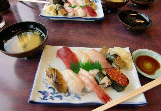 日本海を眺めながら美味しいお寿司
