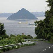 五色台スカイラインから、素晴らしい瀬戸内海の眺めが望める