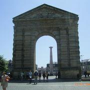 かつての城門です。