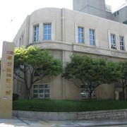 釜山の街の発展と、日本統治時代・解放後のアメリカとの関係がわかります