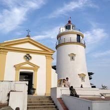 ギアの要塞、ギアの灯台とギア教会