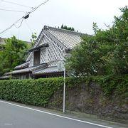 松崎町 --- 独特の壁塗り「なまこ壁」の町並みが残る西伊豆の静かな町です。