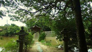 石垣地区のうえにある弓削神社