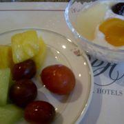 リッチな気分の朝食でした。