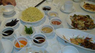 香港の喧騒に疲れたらぜひお勧めです。上海風冷麺食べてみて!!