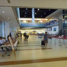 早くも国外の雰囲気が漂ってくる空港