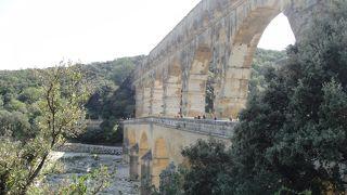 ローマ時代の巨大な水道橋