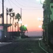 朝日が綺麗な海岸です。