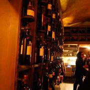 壁一面ワインがギッシリー