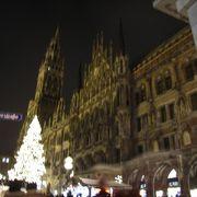 マリエン広場のクリスマスは見所満載!