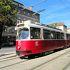 外の景色が見られて便利なウィーンの路面電車