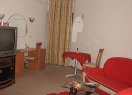 サファリ ホテル