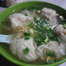 庶民的ワンタン麺