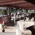 シーサイドの席から望む落陽が素晴らしいタイ王宮レストラン