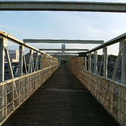 太宰治ゆかりの鉄橋
