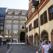 最も美しいルネサンス様式建築のひとつ