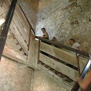 階段は怖いけど眺めは絶品