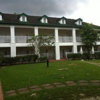 中庭・宿泊施設