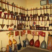 スークでの交渉に疲れたら、伝統工芸館でゆっくりお買い物