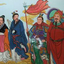 龍の口から塔へと続く通路の中にあった壁画