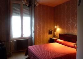 ホテル ドゥ フランス ボーヌ 写真