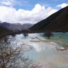 黄龍の景色の中で感動した五彩池